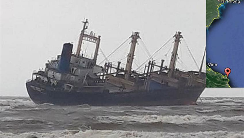 General cargo ship beached by storm, 16 crew rescued, Vietnam